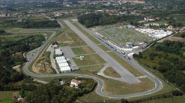 Aeroporto Viseu : Braga quer criar ligações entre aeródromo de palmeira com