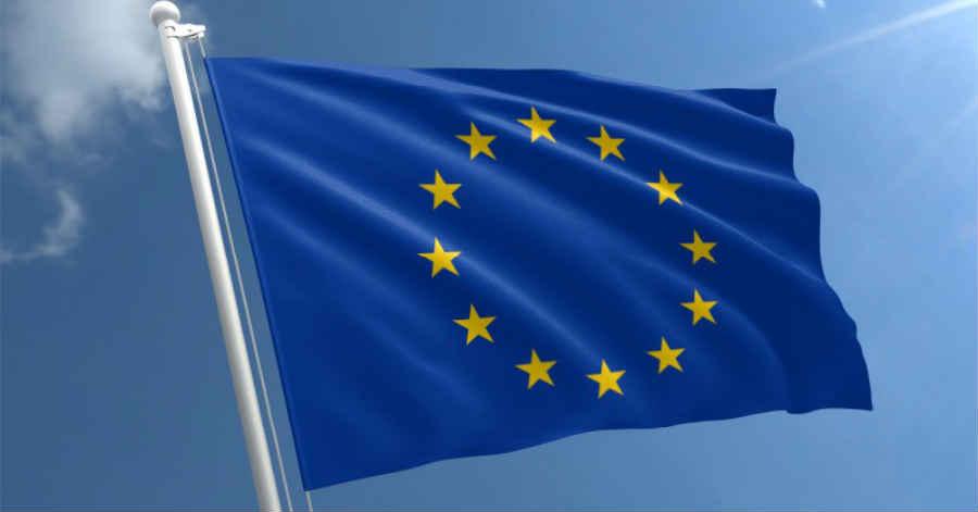 Dia da Europa assinalado com hastear da bandeira da União Europeia